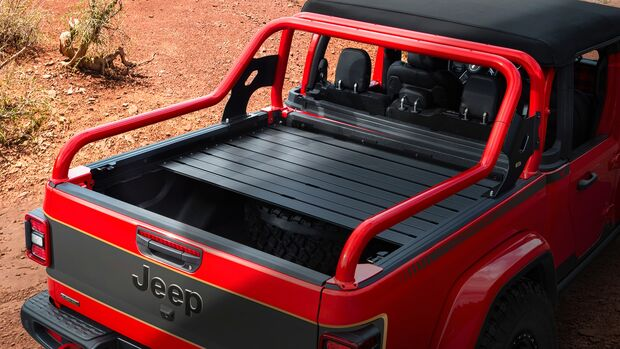 Moab Easter Jeep Safari 2021: Jeep Red Bear Gladiator Rubicon