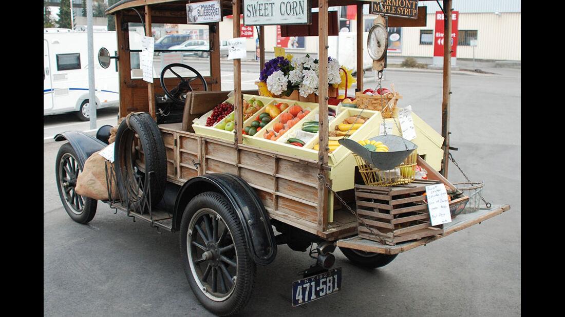 Model-T Fruit-Truck