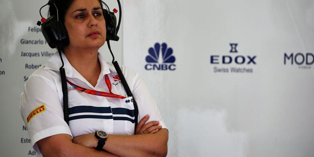 Monisha Kaltenborn - Sauber - Formel 1 - GP Bahrain - Sakhir - Training - Freitag - 14.4.2017