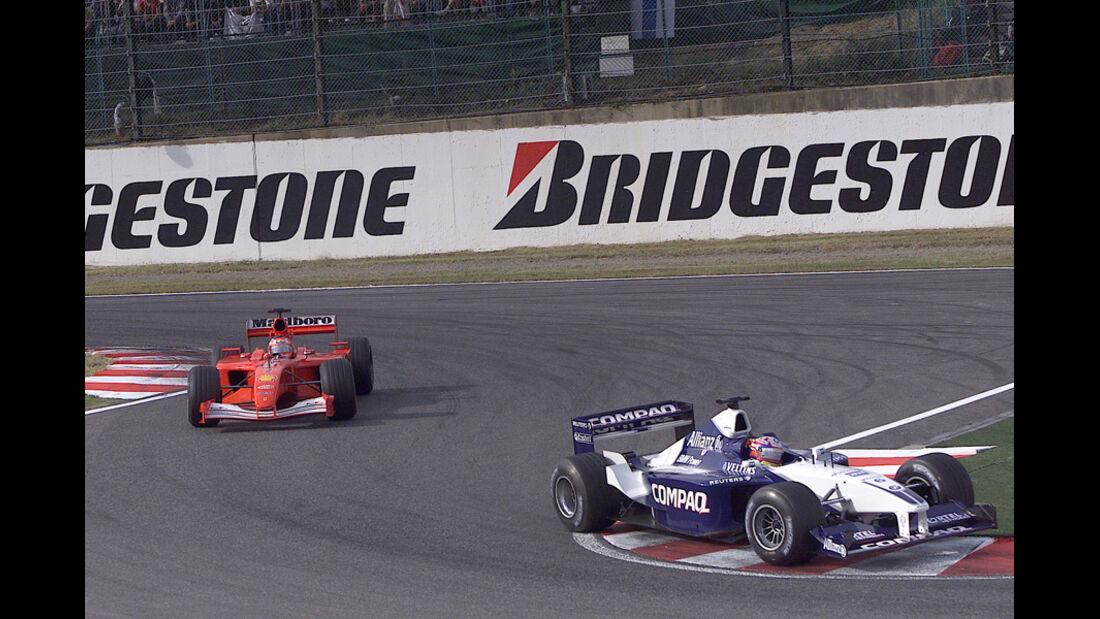 Montoya Barrichello GP Japan 2001