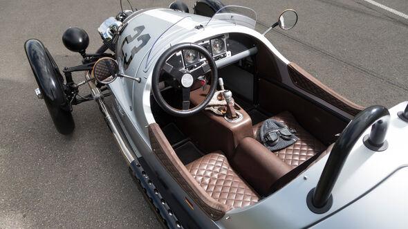 Morgan 3 Wheeler, Cockpit