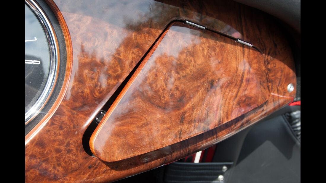 Morgan Roadster V6, Morgan Plus 8, Detail, Holzintarsien