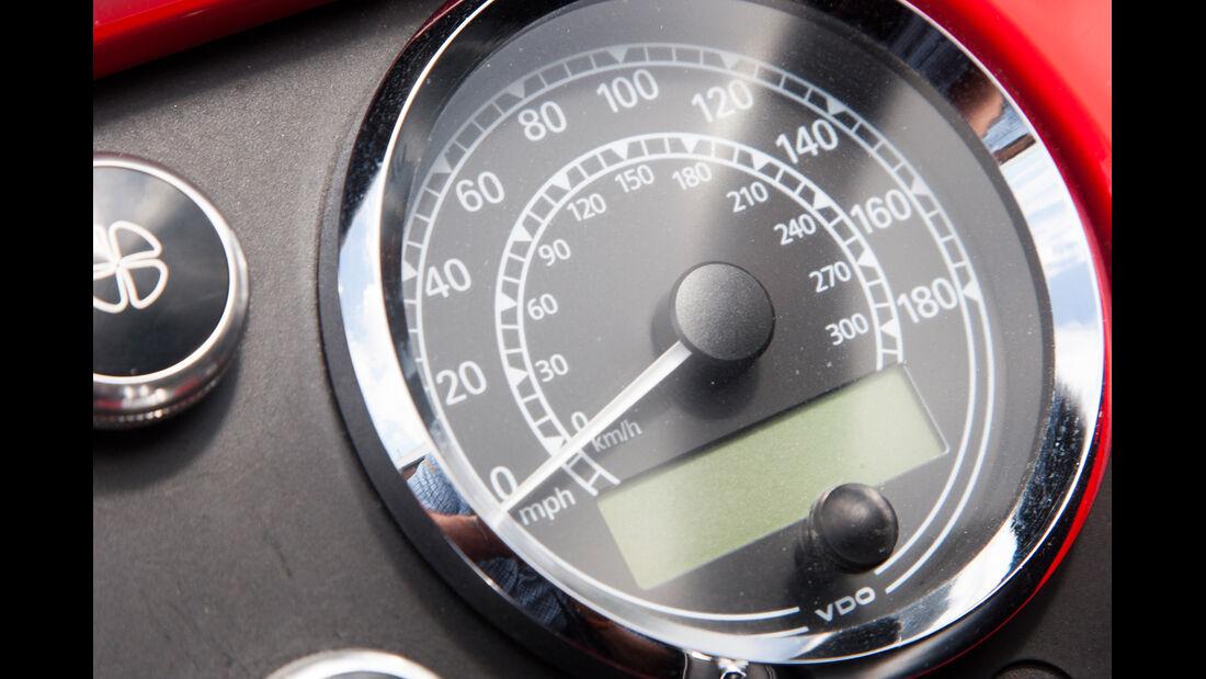 Morgan Roadster V6, Morgan Plus 8, Rundelemente