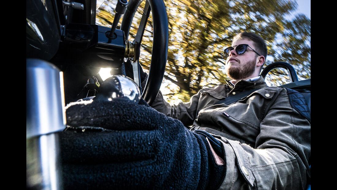 Morgan Threewheeler, Cockpit, Lenkrad