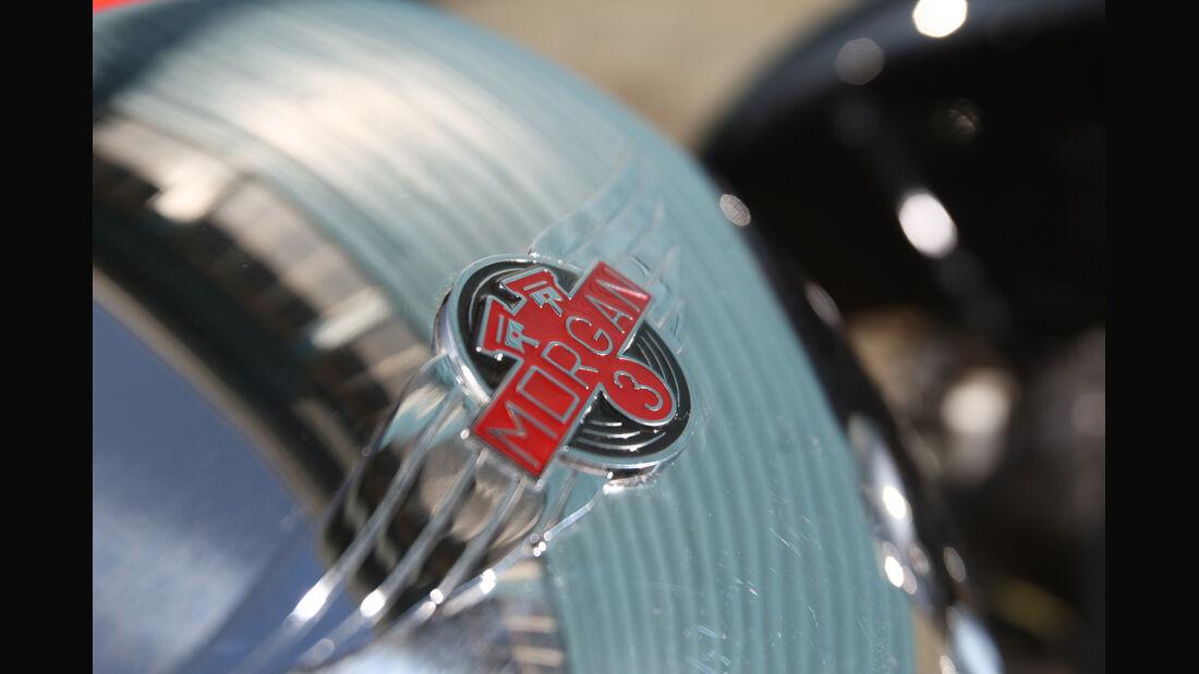 Morgan Threewheeler, Emblem, Detail