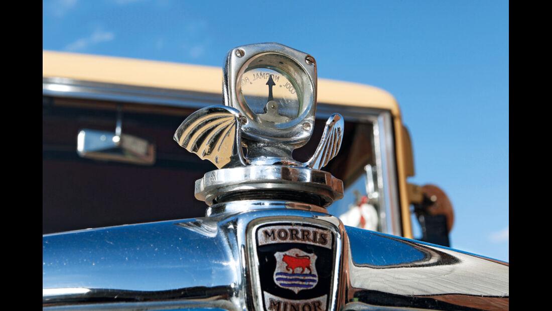 Morris Minor Saloon, Kühlerverschluss, Morris Minor Logo, Detail