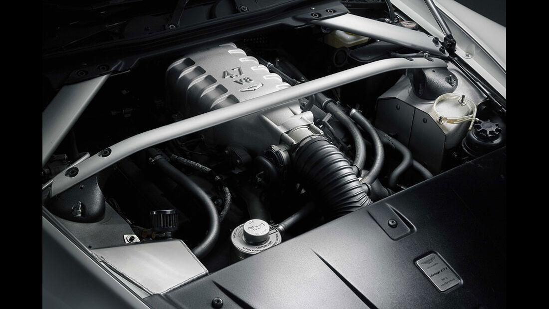 Motor Aston Martin V8 Vantage GT4 Rennwagen