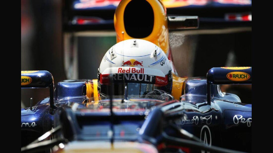 Motor Racing - Formula One World Championship - European Grand Prix - Qualifying Day - Valencia, Spain
