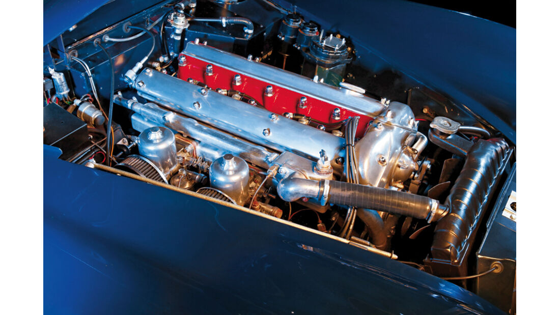 Motor des Jaguar XK