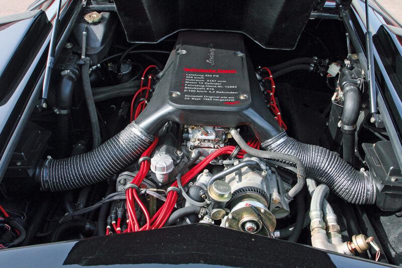 Motor des Lamborghini Countach LP 5000 QV