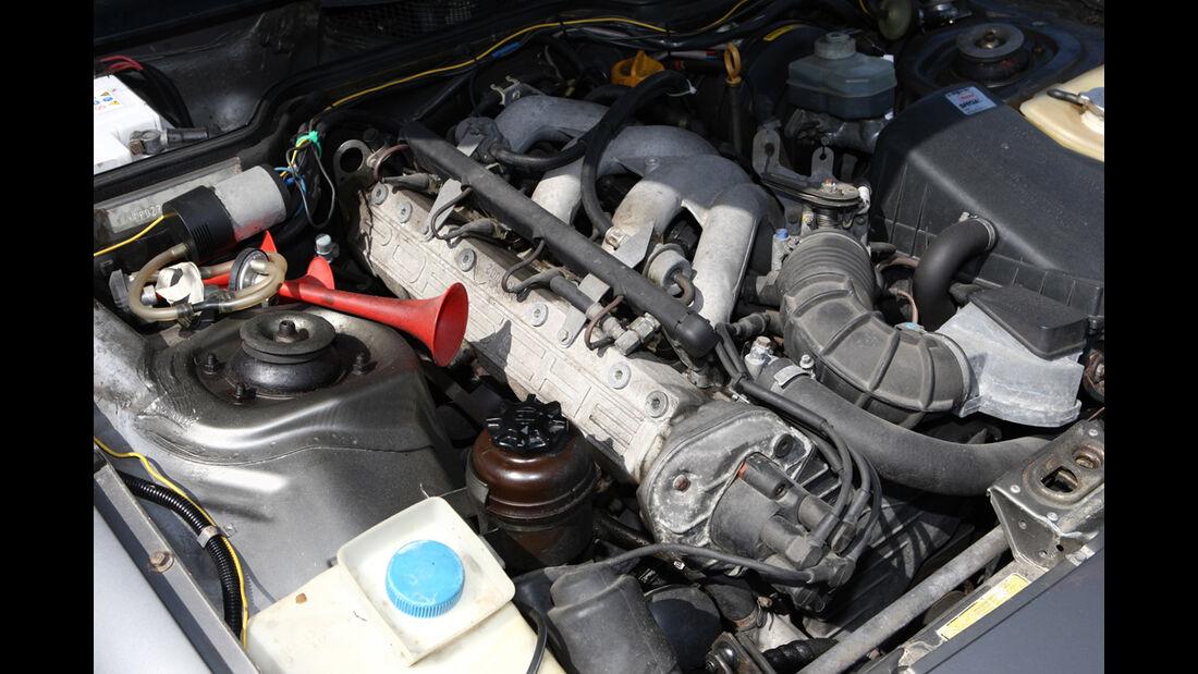 Motor des Porsche 944