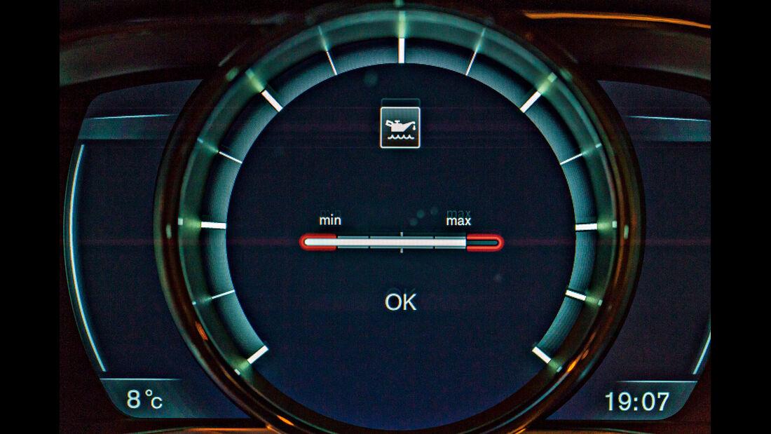 Motorölkauf, elektronische Anzeige
