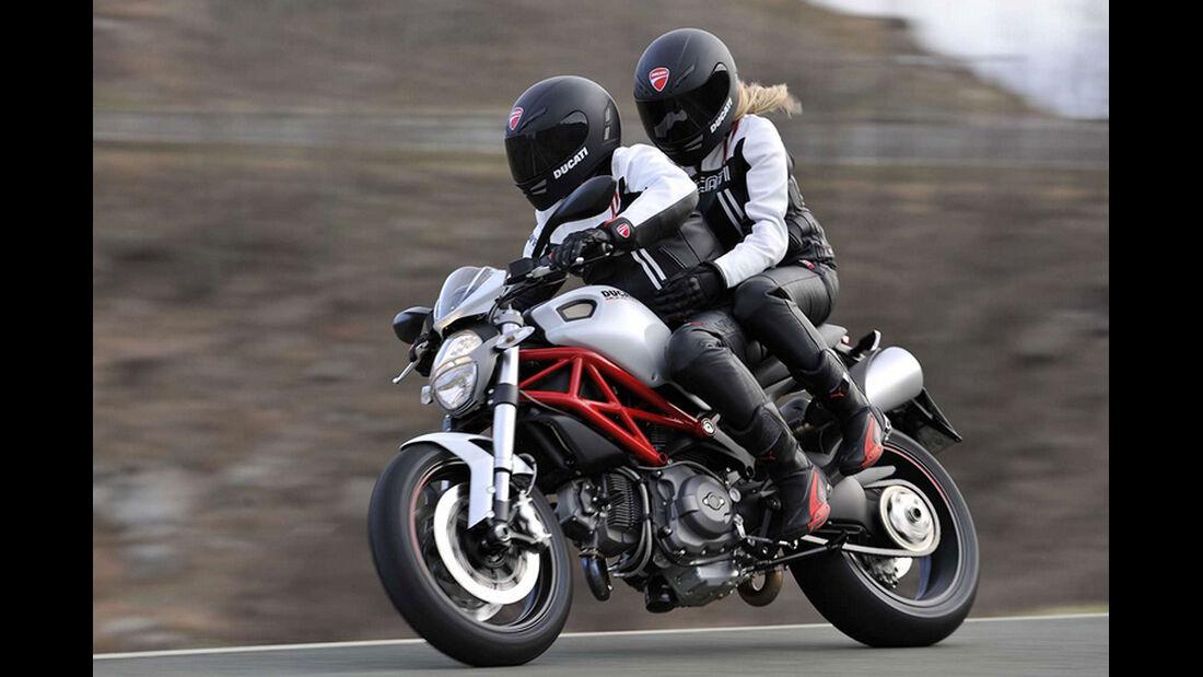 Motorrad 48 PS Ducati Monster 796