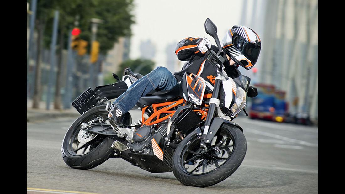 Motorrad 48 PS KTM 390 Duke
