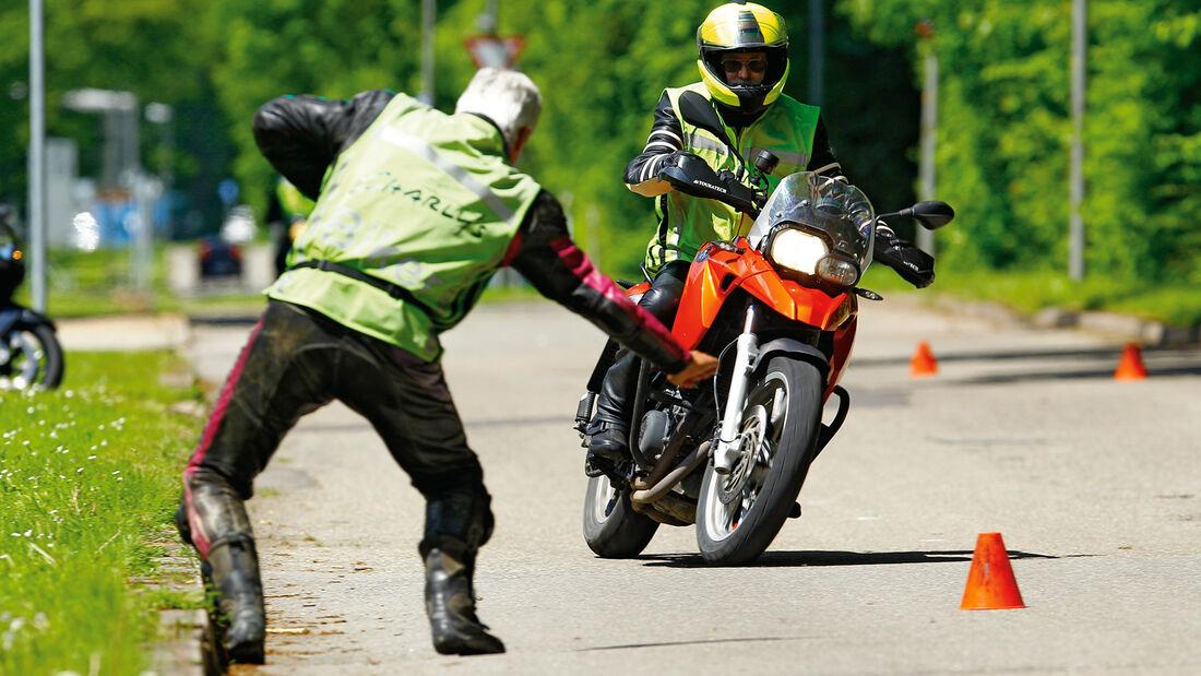 Motorrad, Ausweichtest