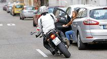 Motorradfahrer, Ausweichmanöver
