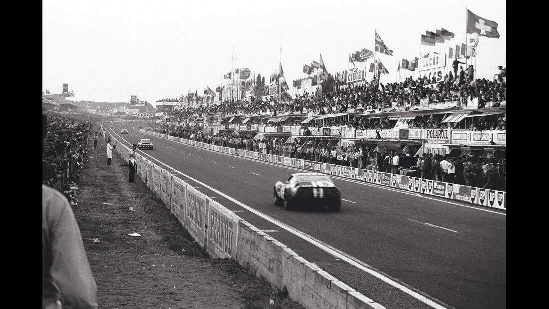 Motorsport-Fotografie, Ferrari 365 GTB/4, Le Mans