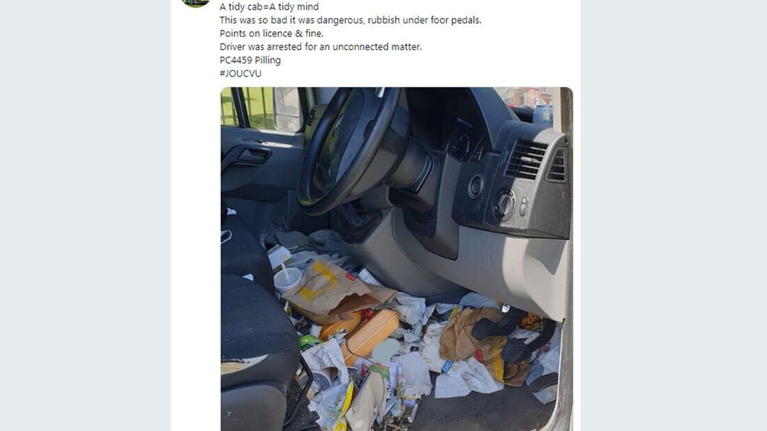 Müll im Auto