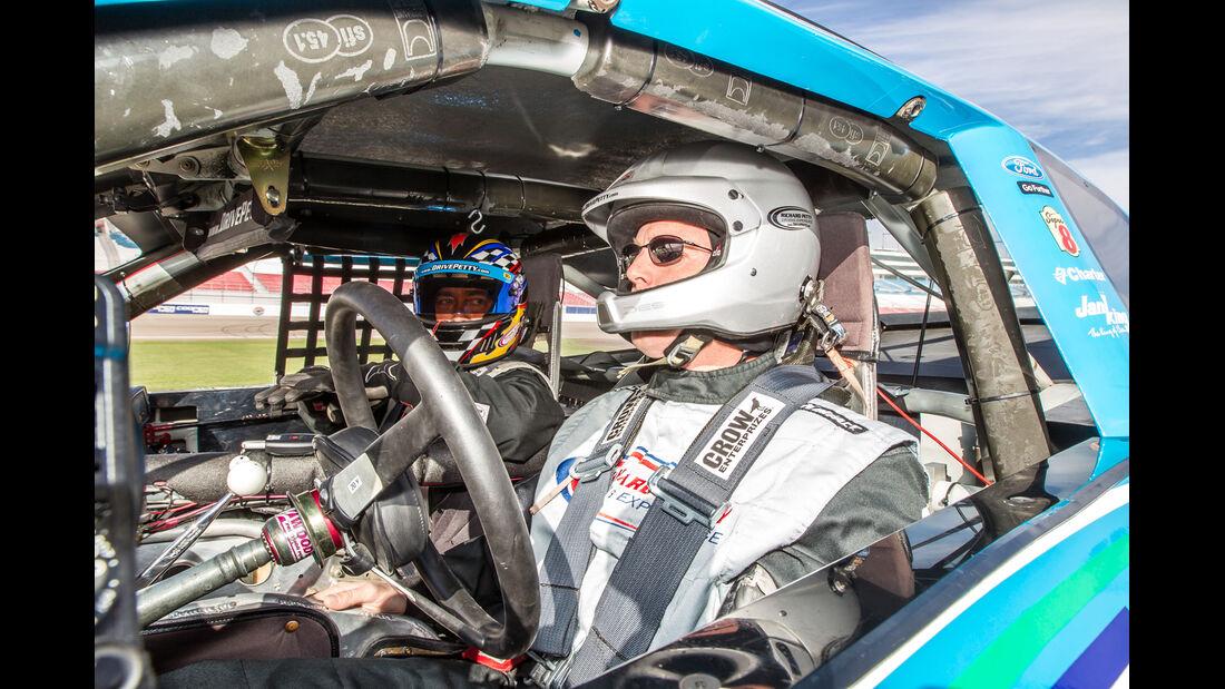 NASCAR, Cockpit, Fahrer