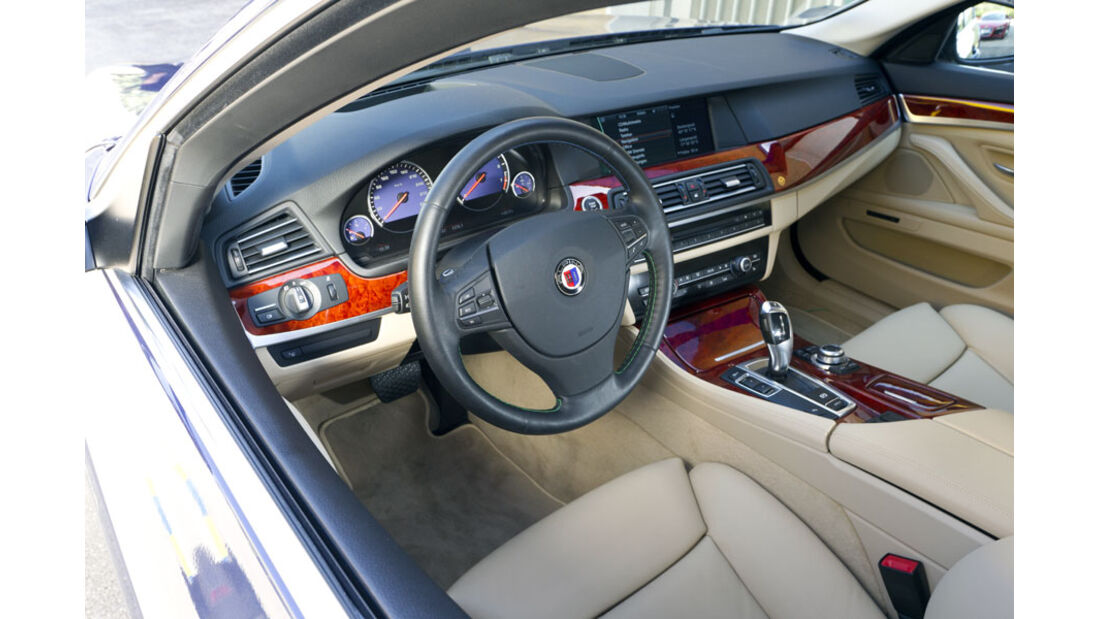 Nardo Highspeed-Test 2010, BMW Alpina B5, Cockpit