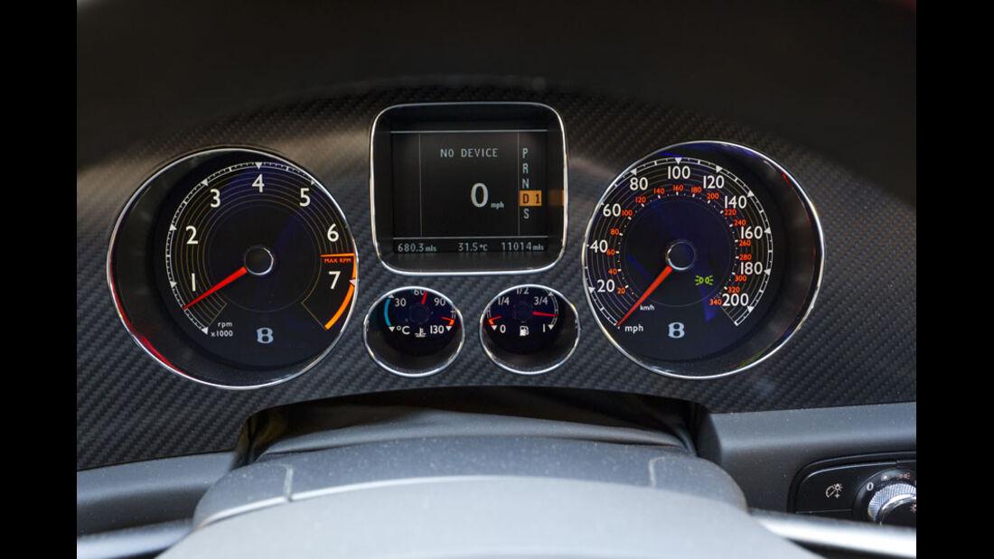 Nardo Highspeed-Test 2010, Bentley Continental Supersports, Instrumente