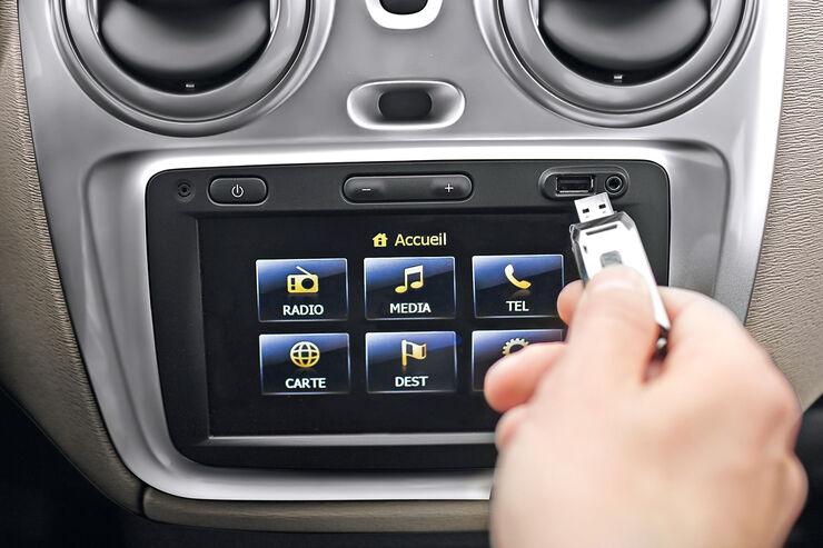 Navikarten-Updates, Dacia Dokker