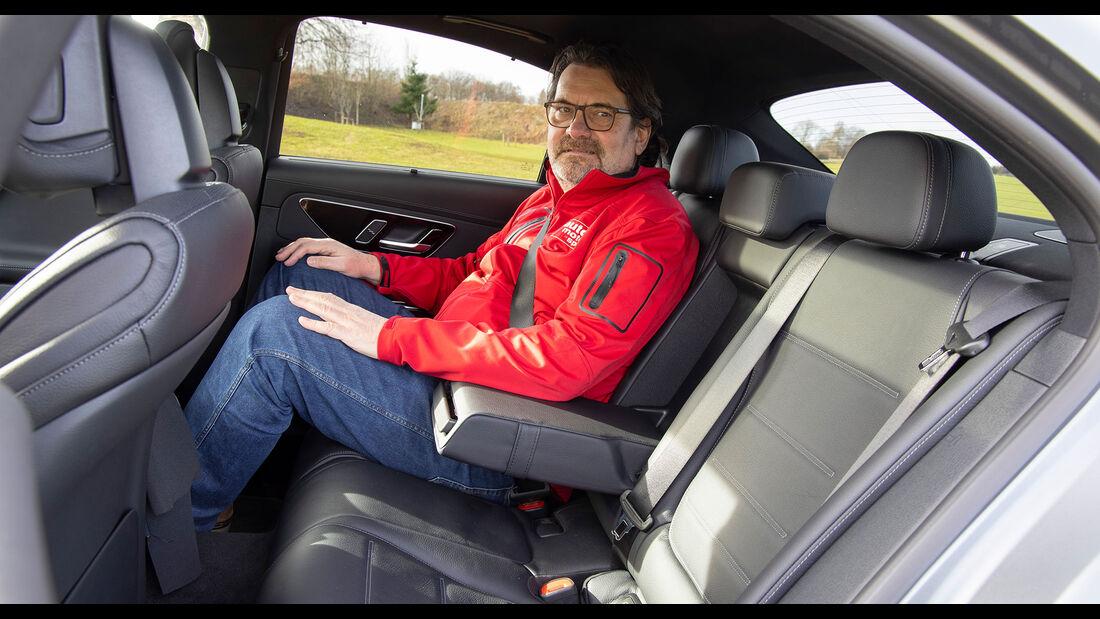 Neue Mercedes C-Klasse W206 (2021) Limousine Fond