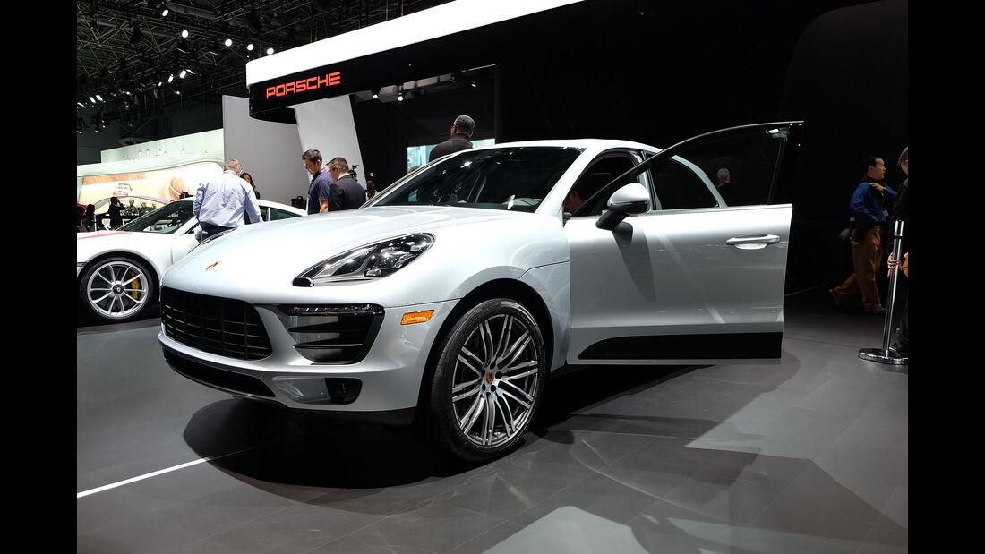New York Auto Show 2031