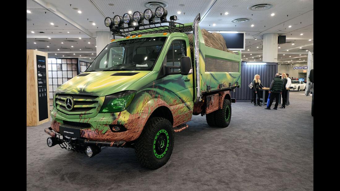 New York Auto Show 2053