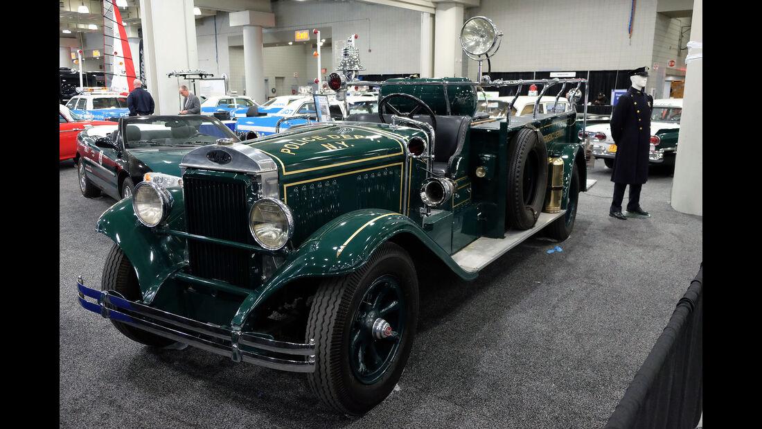 New York Auto Show 2070