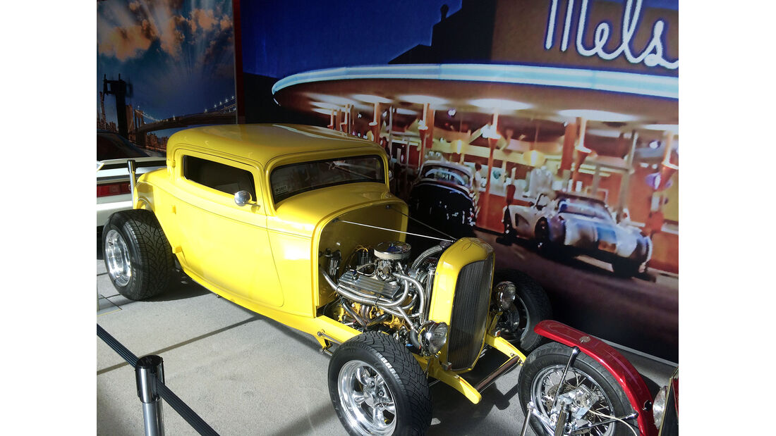 New York Auto Show 2073