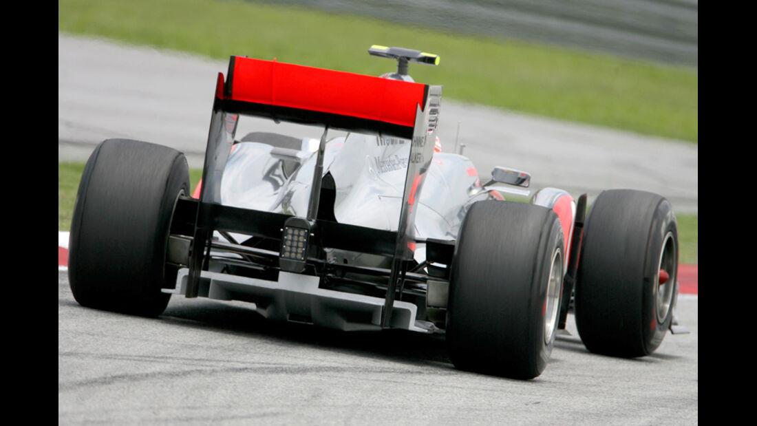 Newey McLaren GP China 2011