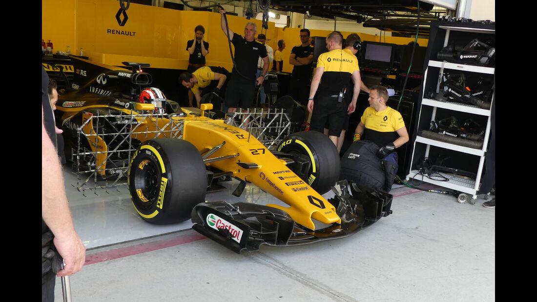 Nico Hülkenberg - Renault - Formel 1 - Testfahrten - Bahrain International Circuit - Dienstag - 18.4.2017