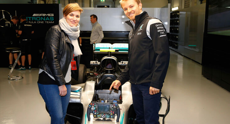 Nico Rosberg - Bianca Leppert - Mercedes - Formel 1 -GP Russland - 28. April 2016