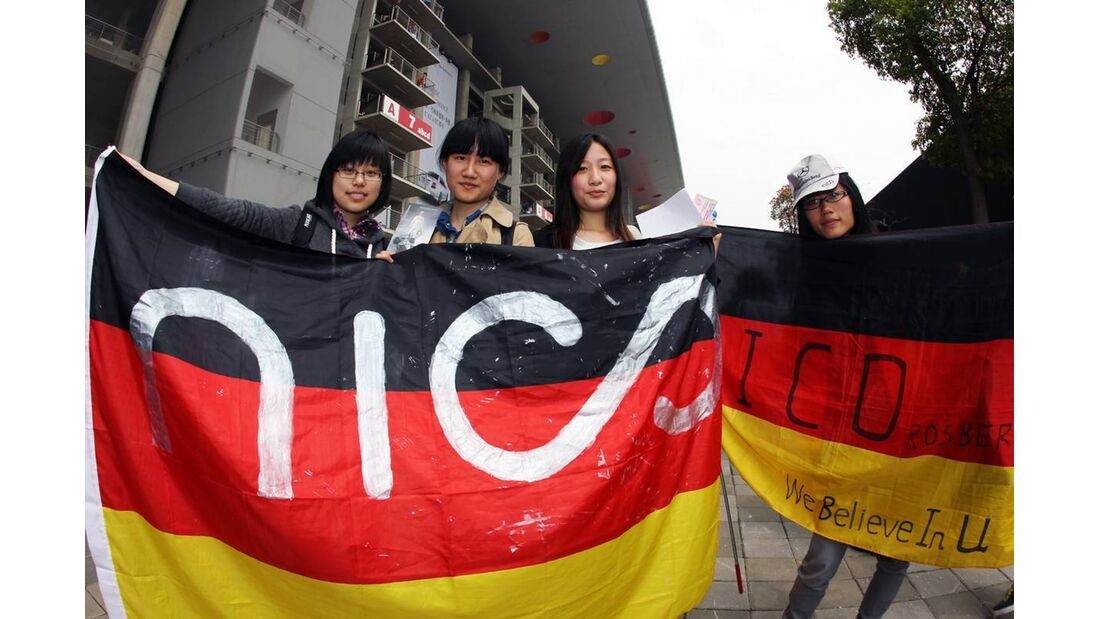 Nico Rosberg Fans  - Formel 1 - GP China - 15. April 2012