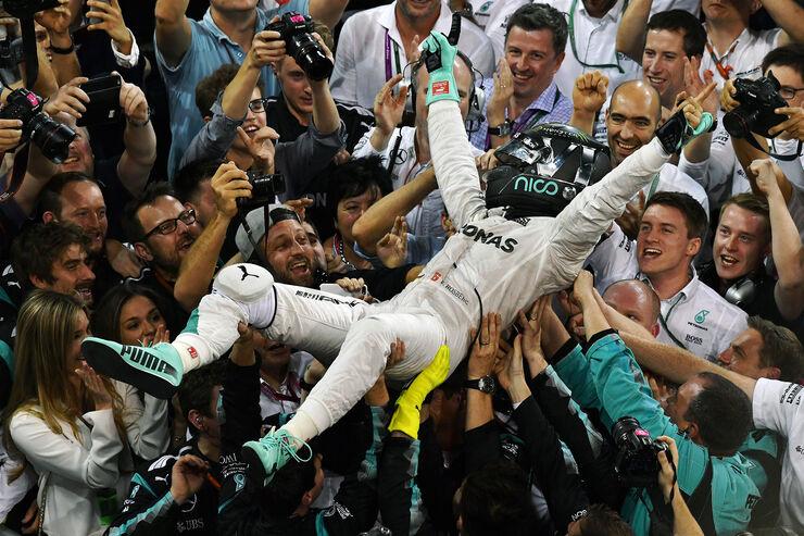 https://imgr1.auto-motor-und-sport.de/Nico-Rosberg-Formel-1-GP-Abu-Dhabi-2016-fotoshowBig-c368c53d-993244.jpg
