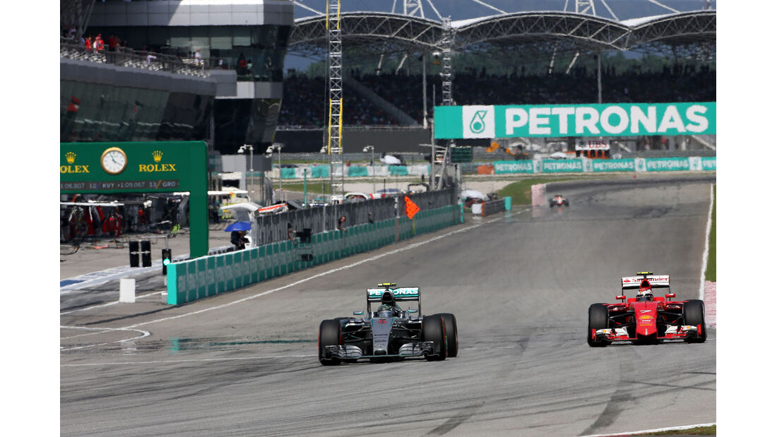 Nico Rosberg - Mercedes - Sebastian Vettel - Ferrari - GP Malaysia 2015 - Formel 1