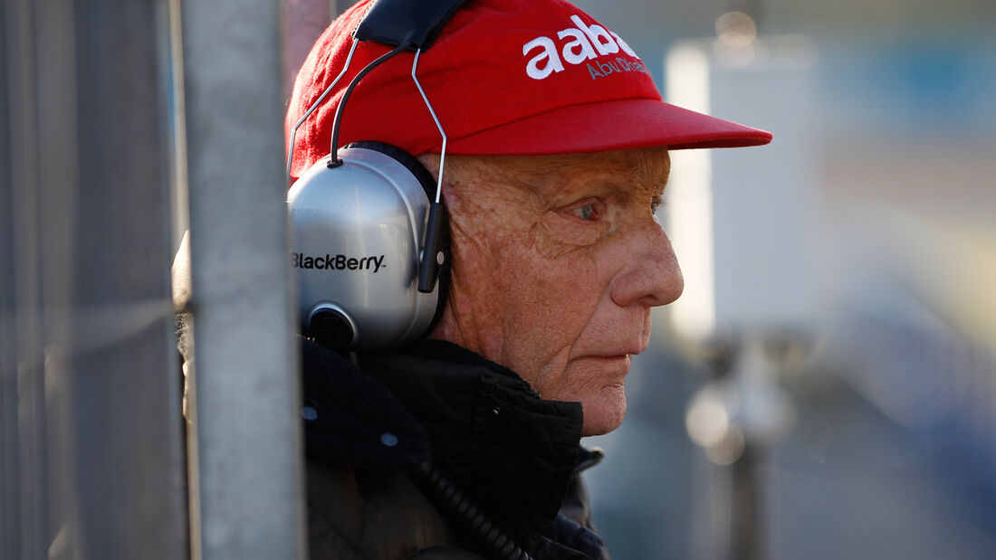 Niki Lauda - Formel 1 Tests 2013