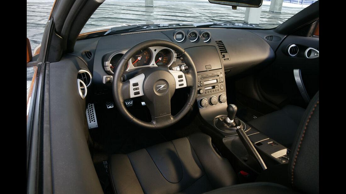 Nissan 350 Z Coupé, Cockpit