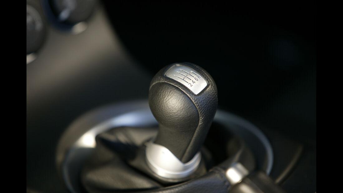 Nissan 350 Z Coupé, Schalthebel