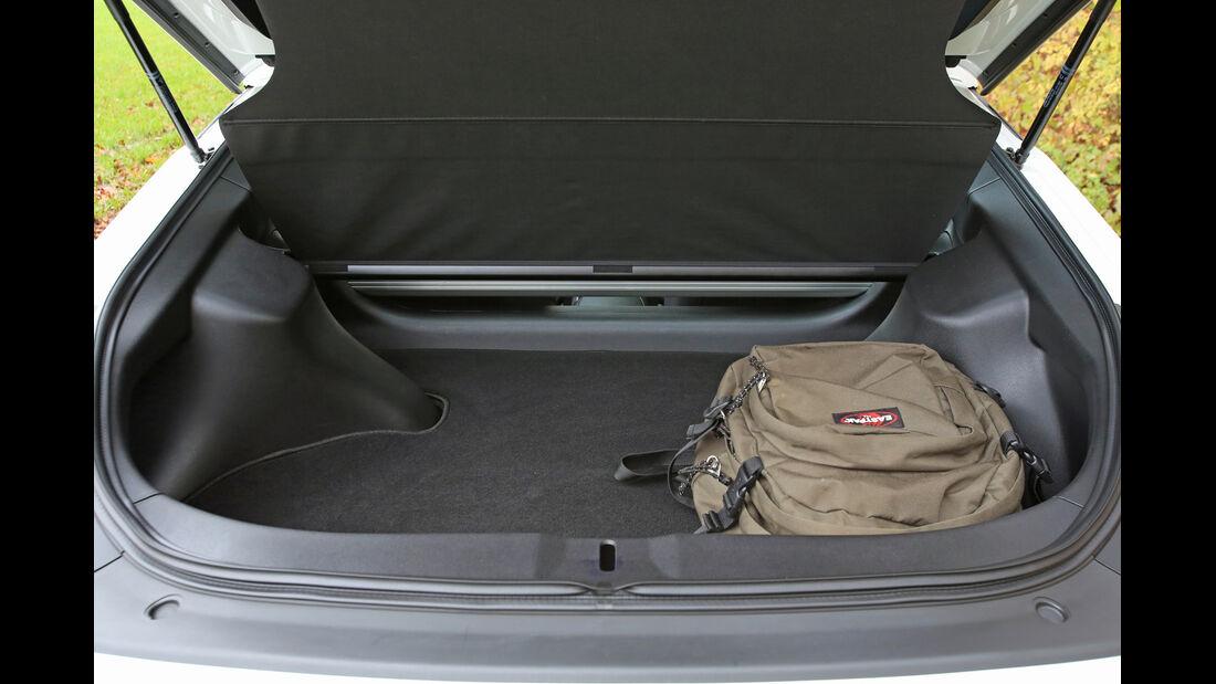 Nissan 370 Z Nismo, Kofferraum