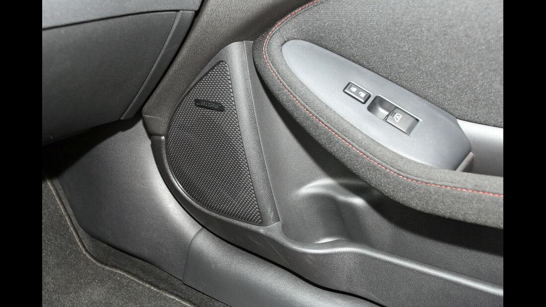 Nissan 370 Z Nismo, Lautsprecher