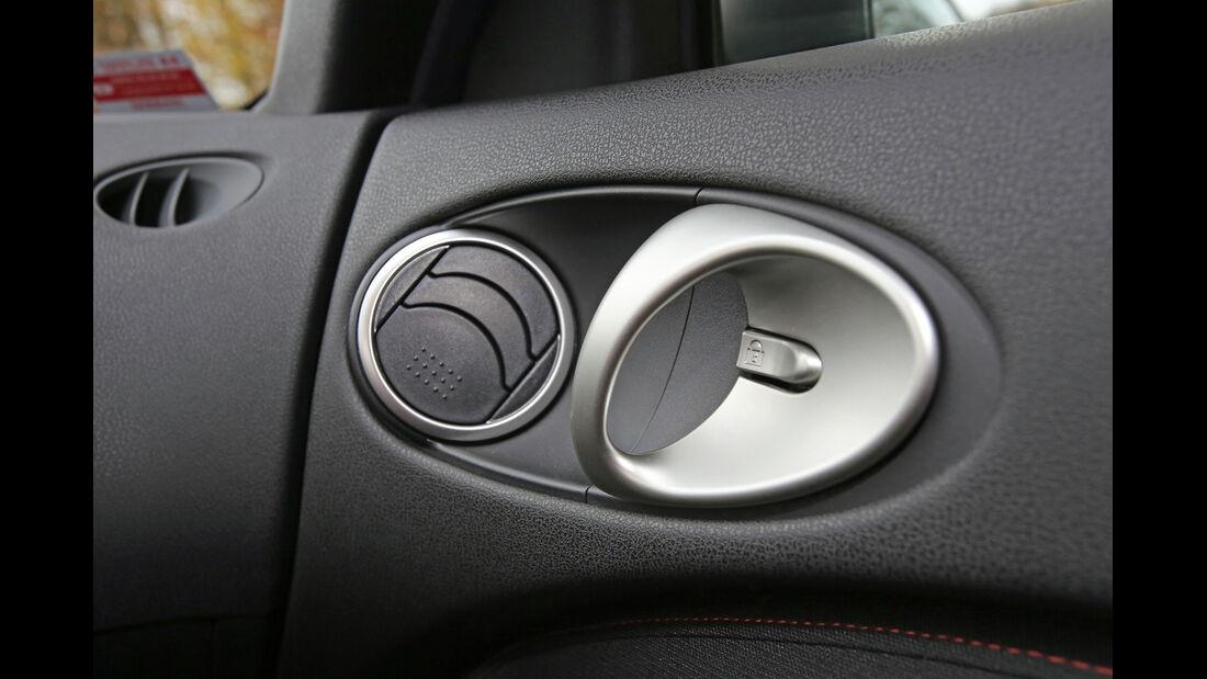 Nissan 370 Z Nismo, Türgriff