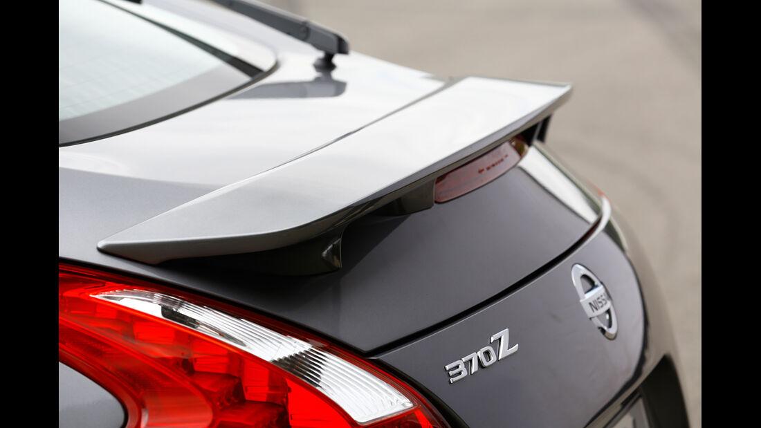 Nissan 370Z, Heckspoiler, Heckschürze