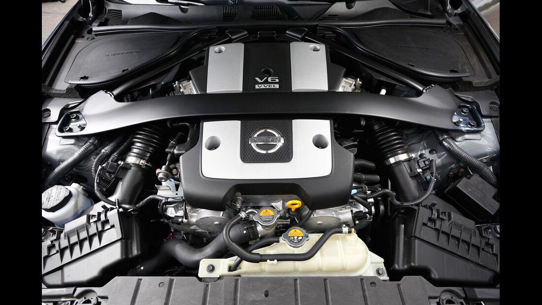 Nissan 370Z, Motor