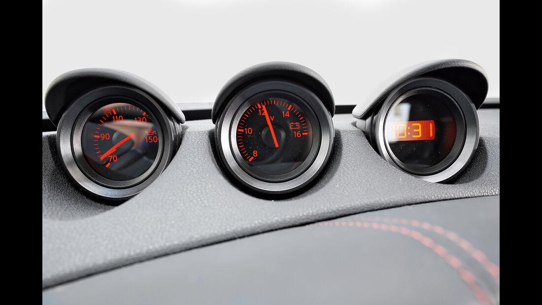 Nissan 370Z Nismo, Inteieur