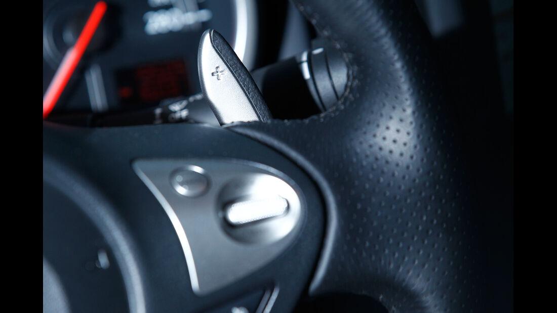 Nissan 370Z Roadster, Lenkradschalter