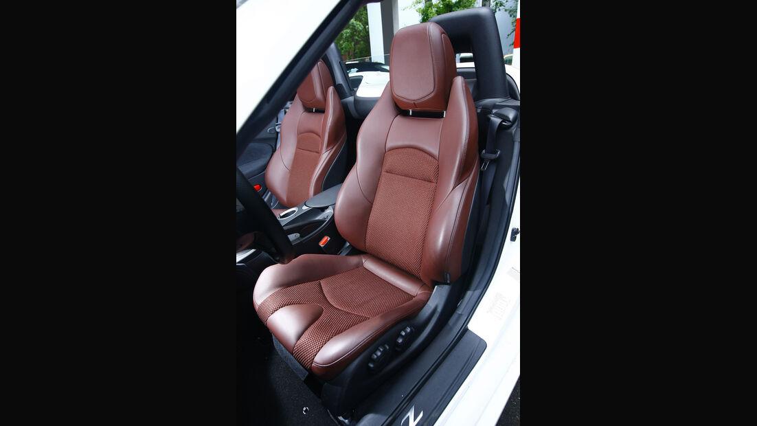 Nissan 370Z Roadster Sitz