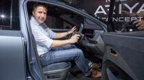 Nissan Ariya Sitzprobe Tokio Motor Show 2019