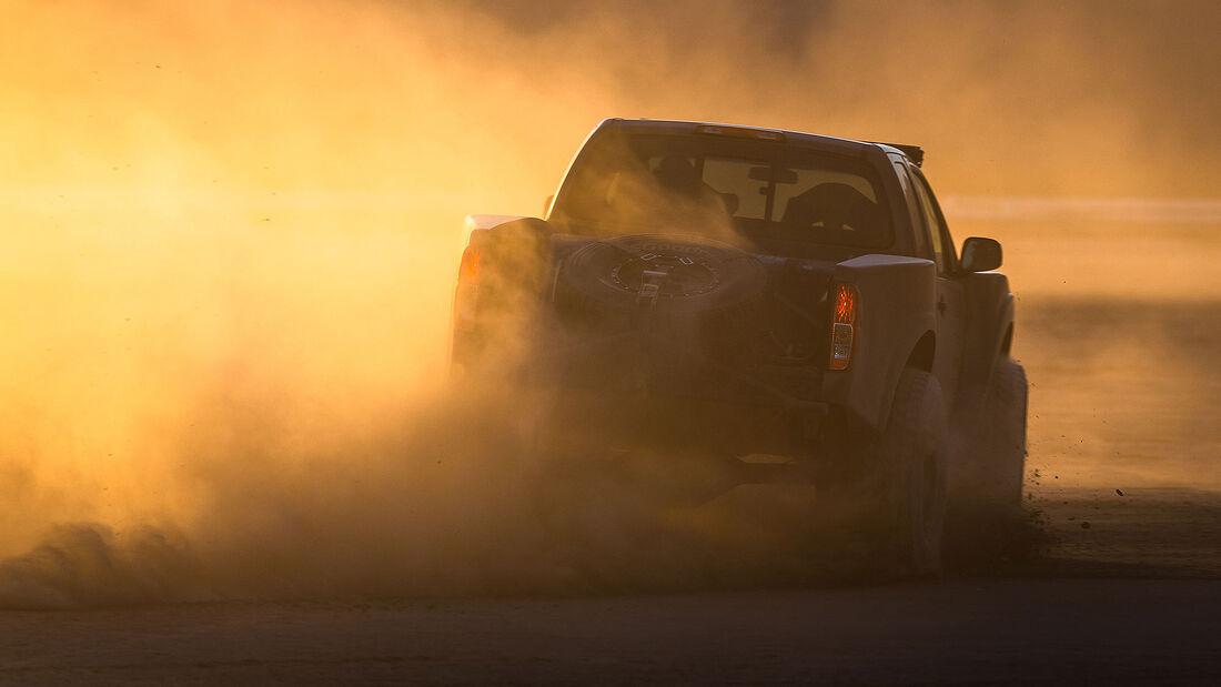 Nissan Frontier Desert Runner